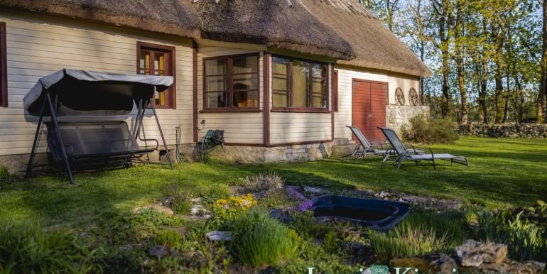 Saaremaa, Pöide vald, Veere, Välja talu
